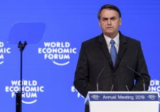 'Se ele errou e isso ficar provado, eu lamento como pai, mas ele vai ter que pagar', diz Bolsonaro sobre Flávio